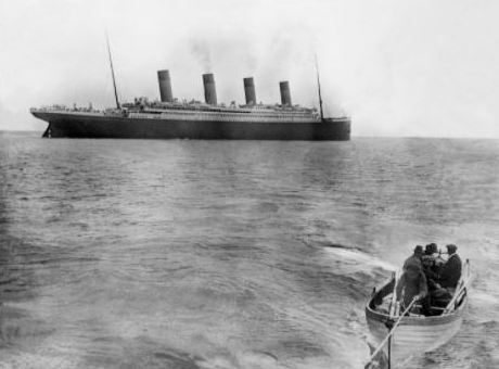 Titanic leaving Queenstown